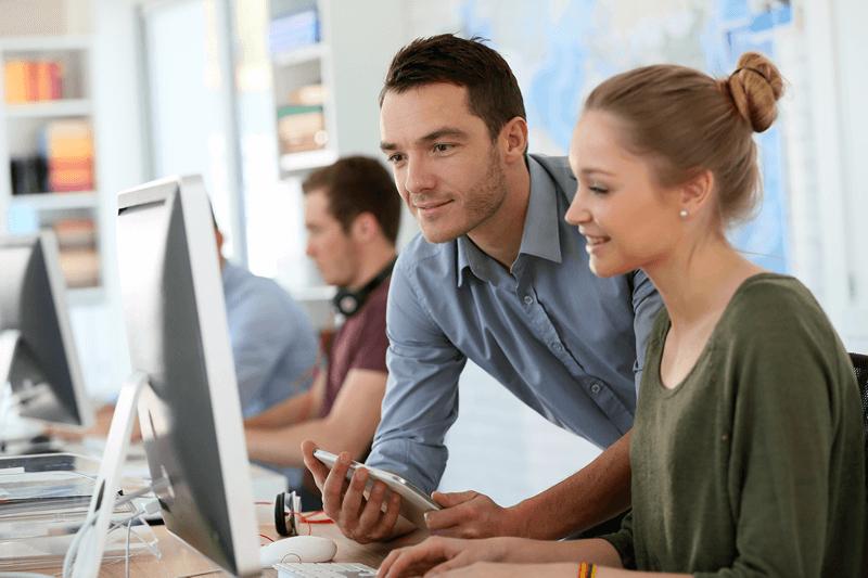professores-no-computador